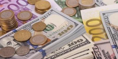 BC estuda medida que pode permitir conta em dólares para Brasileiros